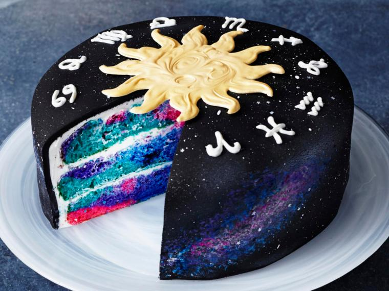 2017 Well Done - Zodiac Cake