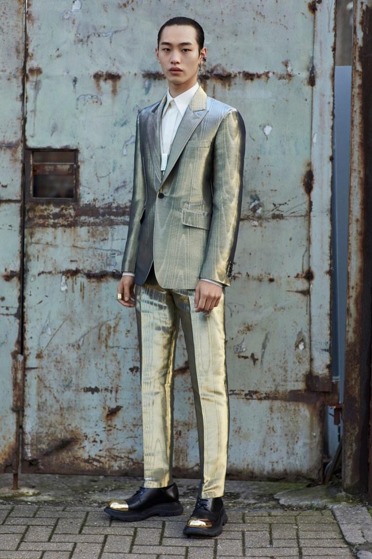 00036-Alexander-McQueen-Menswear-Fall-2020