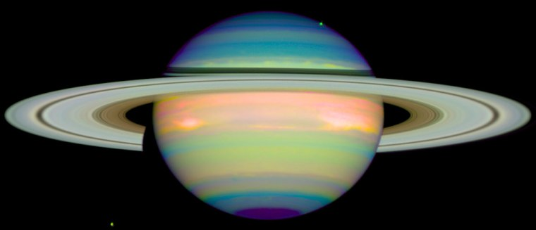 An infrared view of Saturn